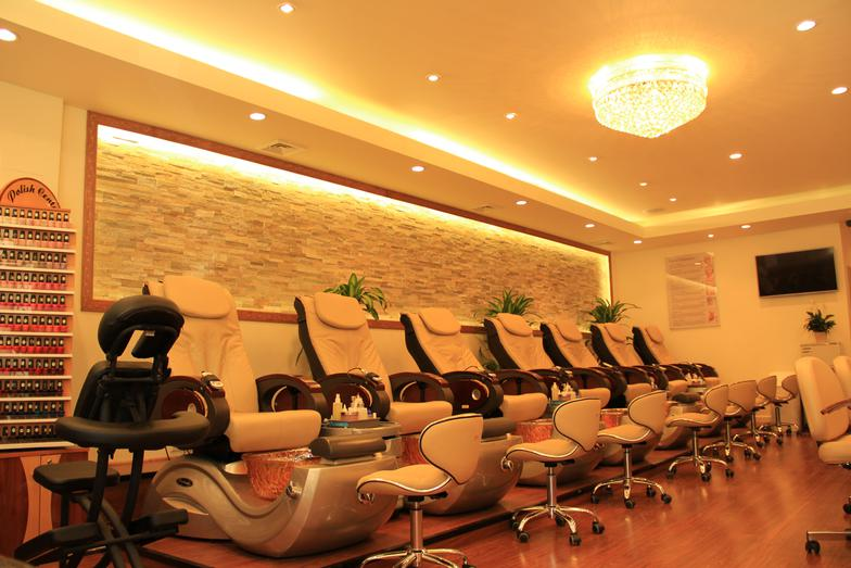 lovely-nails-salon