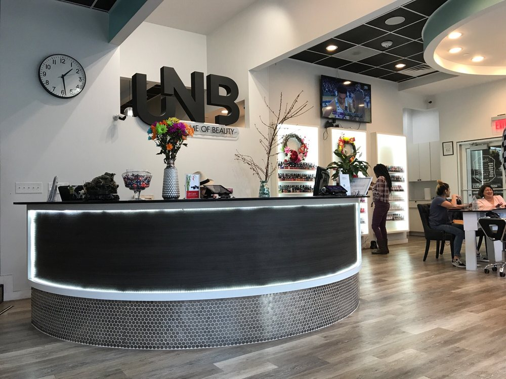 Nail Salon Houston